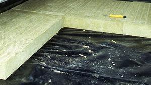 Z jakimi pracami wiąże się docieplenie podłogi na gruncie w istniejącym domu?