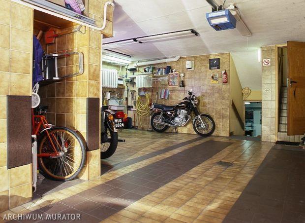 Garaż razem z domem czy osobno?