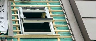 Okno w dachu. Zasady montażu okien połaciowych