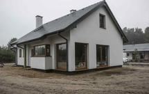 Dom modelowy w Skubiance. Zobacz jak przebiegała jego budowa i prace wykończeniowe