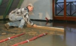 Wykonanie ogrzewania podłogowego. Jak układać rury i prawidłowo wykonać izolację?