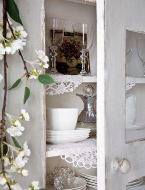 Wnętrze w bieli. Pomysł na biały kolor w mieszkaniu